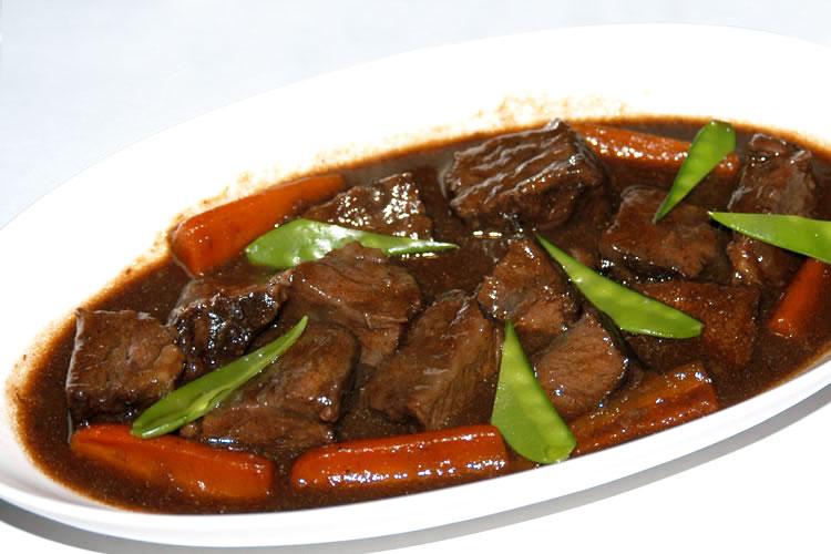 【旨味たっぷり煮込みの定番!】牛ほほ肉(チークミート)国産の画像