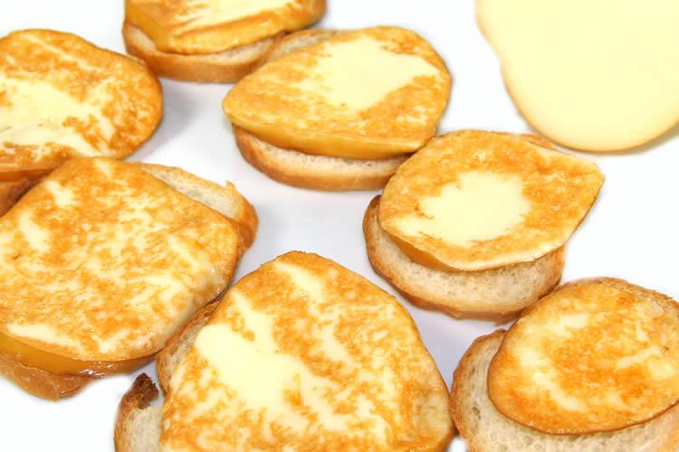 【焼いて美味しいチーズ】スカモルツァ・アフミカータチーズ(モッツアレラ・スモーク)の画像