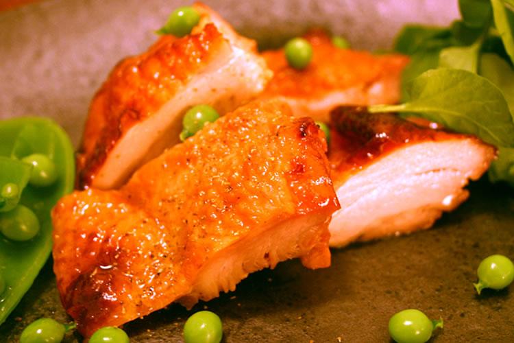 【いわゆるフランスの地鶏!】プレジョーヌ中抜き(フランス産赤毛丸鶏)の画像
