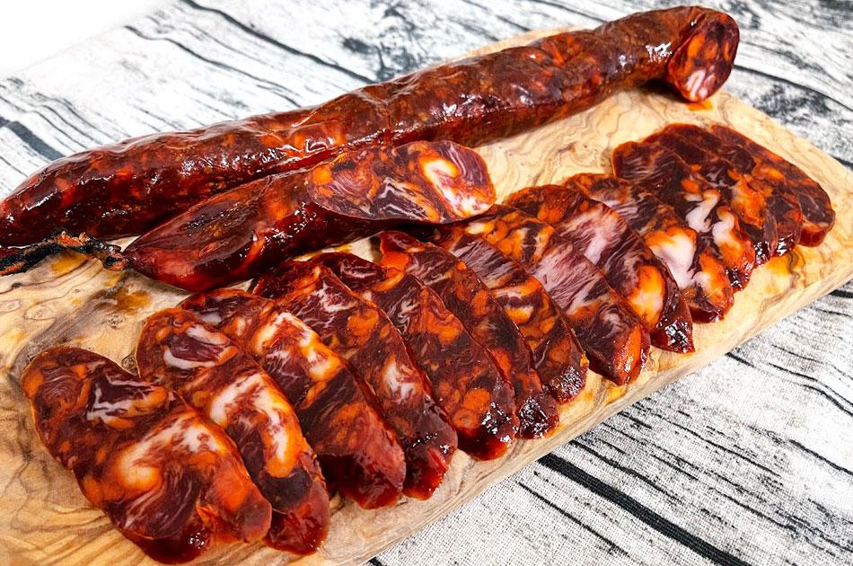 【三つ星レストラン御用達】チョリソー・サルタ(粗挽きイベリコ豚ベジョータの小さなパプリカ風味熟成生サラミ)