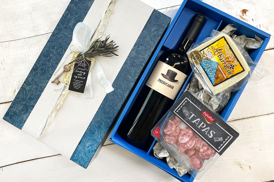 【極上のマリアージュのギフト】極上ワインと金賞受賞チーズギフトの画像